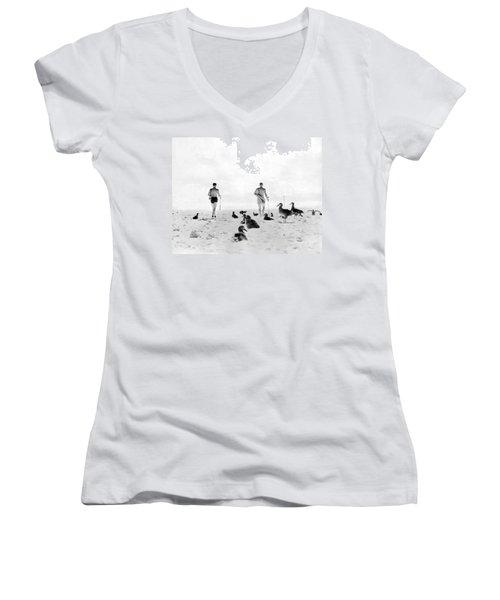 Golf With Gooney Birds Women's V-Neck T-Shirt (Junior Cut) by Underwood Archives