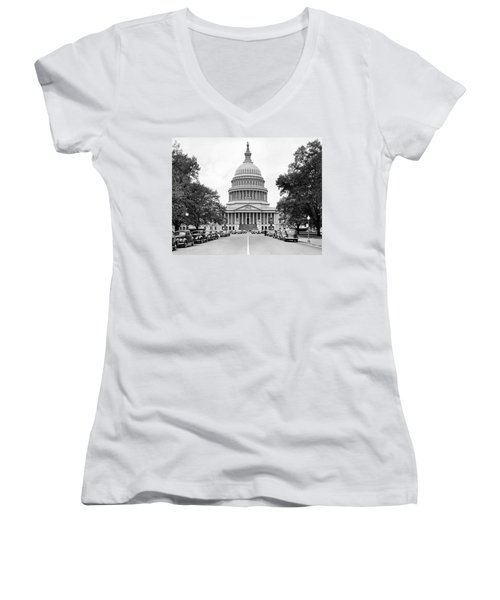 The Capitol Building Women's V-Neck T-Shirt (Junior Cut) by Underwood Archives
