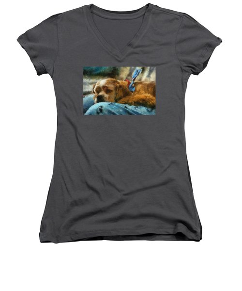 Cocker Spaniel Photo Art 07 Women's V-Neck T-Shirt (Junior Cut) by Thomas Woolworth