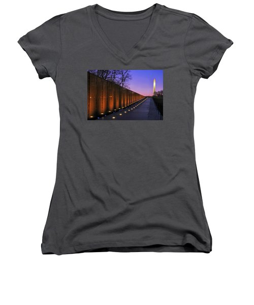 Vietnam Veterans Memorial At Sunset Women's V-Neck T-Shirt (Junior Cut) by Pixabay
