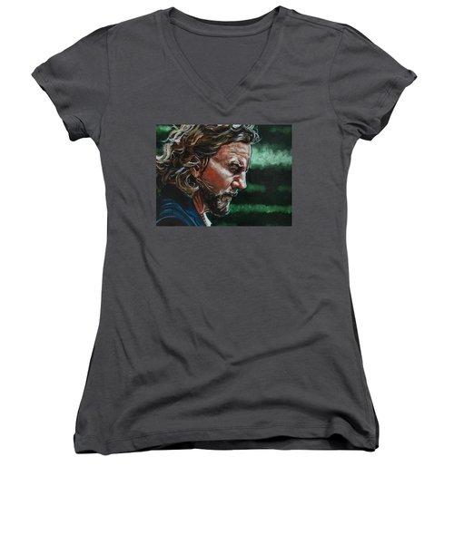 Eddie Vedder Women's V-Neck T-Shirt (Junior Cut) by Joel Tesch