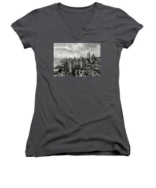 New Your City Skyline Women's V-Neck T-Shirt (Junior Cut) by Jon Neidert
