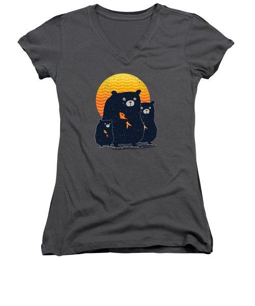 Sunset Bear Family Women's V-Neck T-Shirt (Junior Cut) by Illustratorial Pulse