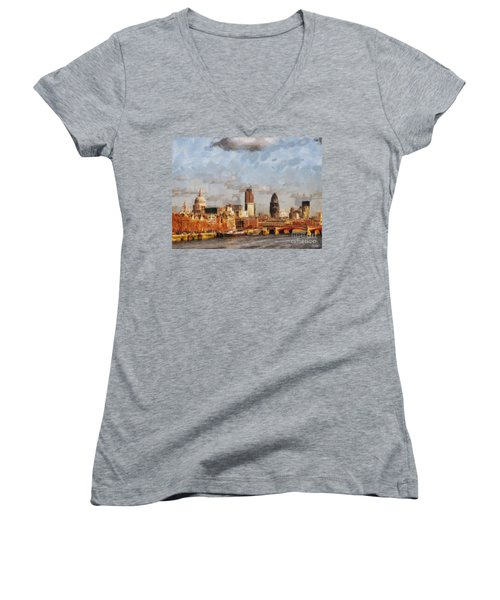 London Skyline From The River  Women's V-Neck T-Shirt (Junior Cut) by Pixel Chimp