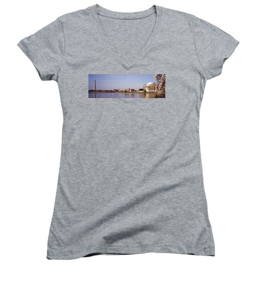 Usa, Washington Dc, Washington Monument Women's V-Neck T-Shirt (Junior Cut) by Panoramic Images