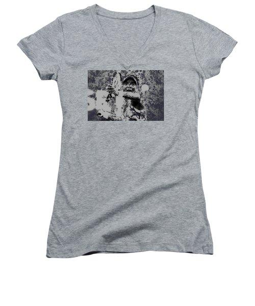 Venus Williams Paint Splatter 2e Women's V-Neck T-Shirt (Junior Cut) by Brian Reaves