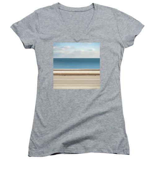 Lincoln Memorial Drive Women's V-Neck T-Shirt (Junior Cut) by Scott Norris