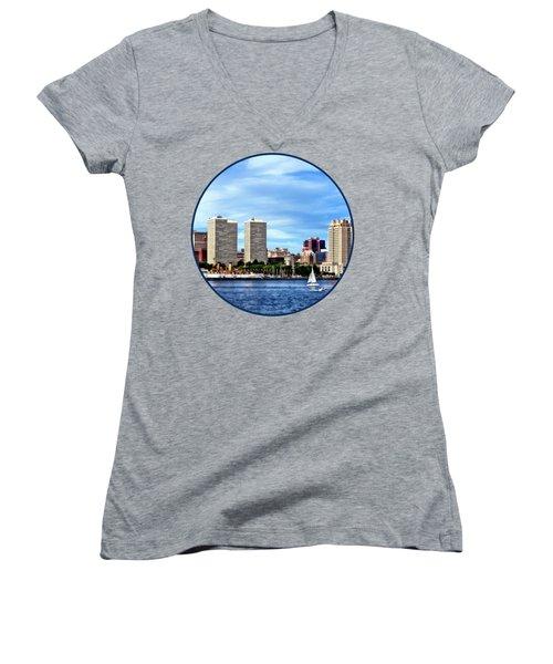 Philadelphia Pa Skyline Women's V-Neck T-Shirt (Junior Cut) by Susan Savad