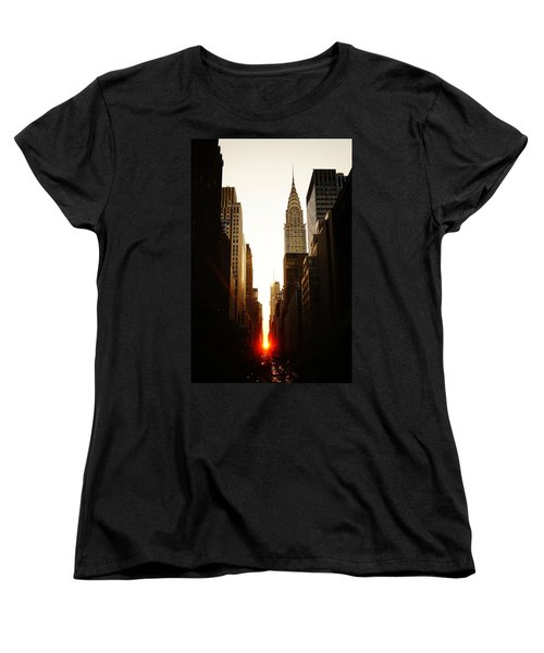 Manhattanhenge Sunset And The Chrysler Building  Women's T-Shirt (Standard Cut) by Vivienne Gucwa