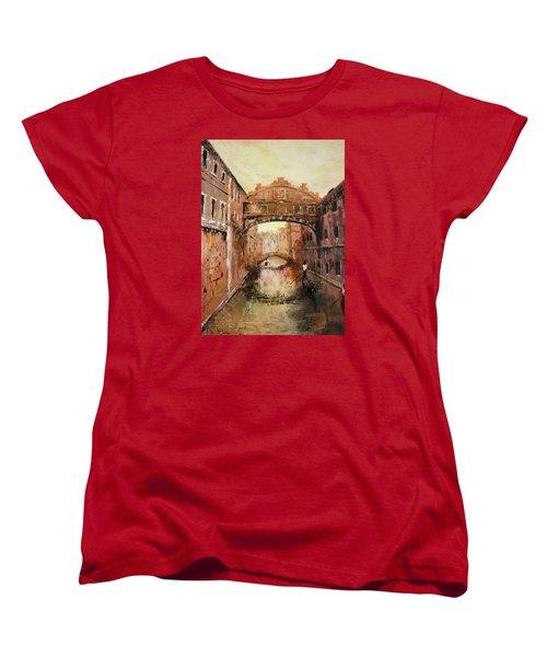 The Bridge Of Sighs Venice Italy Women's T-Shirt (Standard Cut) by Jean Walker