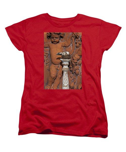 Turkey Vulture Skull Women's T-Shirt (Standard Cut) by Garry Gay