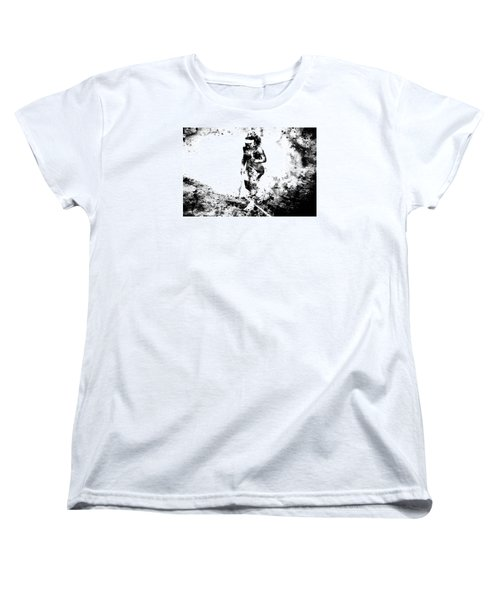 Serena Williams Dont Quit Women's T-Shirt (Standard Cut) by Brian Reaves