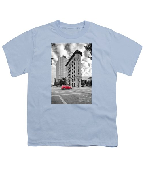 Black And White Photograph Of The Flatiron Building In Downtown Fort Worth - Texas Youth T-Shirt by Silvio Ligutti
