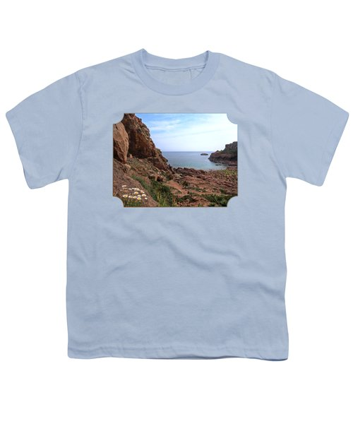 Daisies In The Granite Rocks At Corbiere Youth T-Shirt by Gill Billington