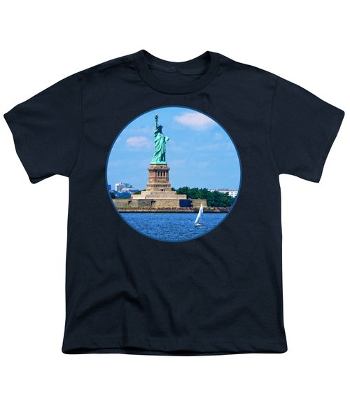 Manhattan - Sailboat By Statue Of Liberty Youth T-Shirt by Susan Savad