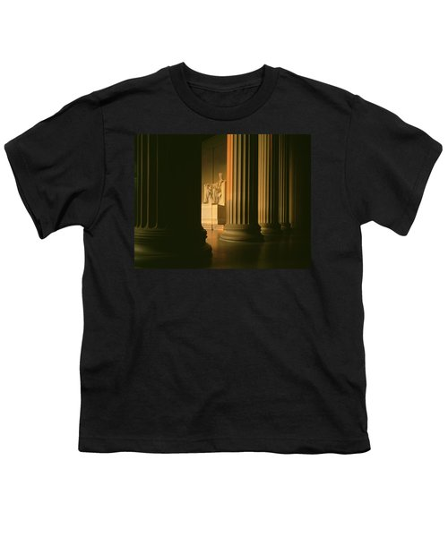 The Lincoln Memorial In The Morning Youth T-Shirt by Panoramic Images