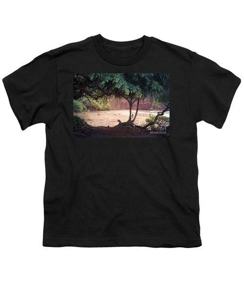 Koki Beach Kaiwiopele Haneo'o Hana Maui Hikina Hawaii Youth T-Shirt by Sharon Mau