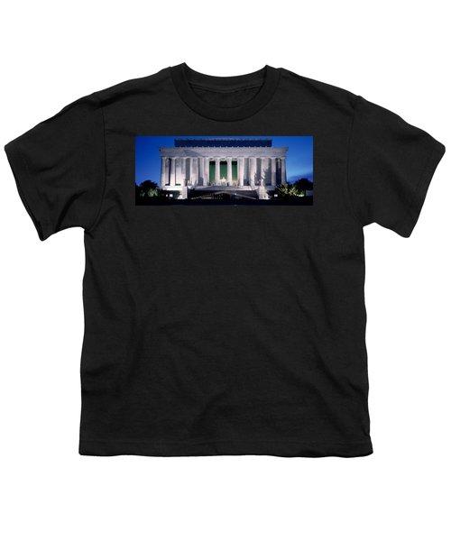 Lincoln Memorial At Dusk, Washington Youth T-Shirt by Panoramic Images