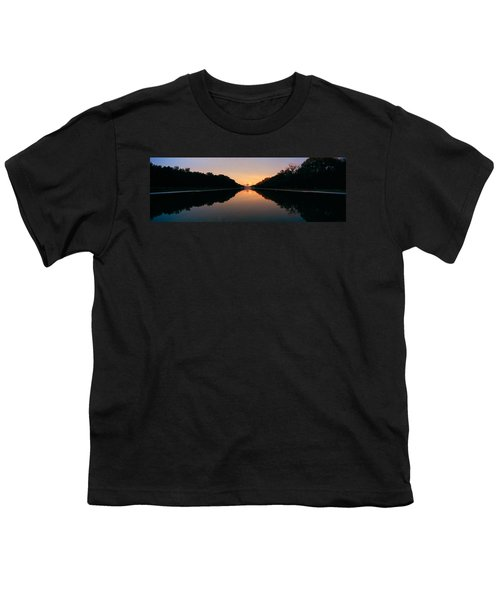 The Lincoln Memorial At Sunset Youth T-Shirt by Panoramic Images