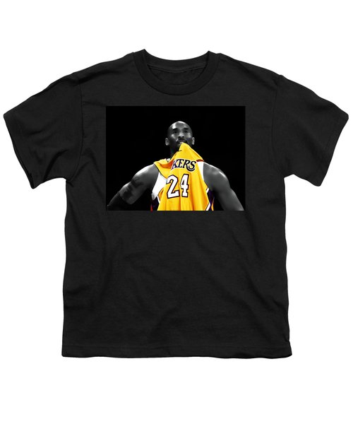 Kobe Bryant 04c Youth T-Shirt by Brian Reaves