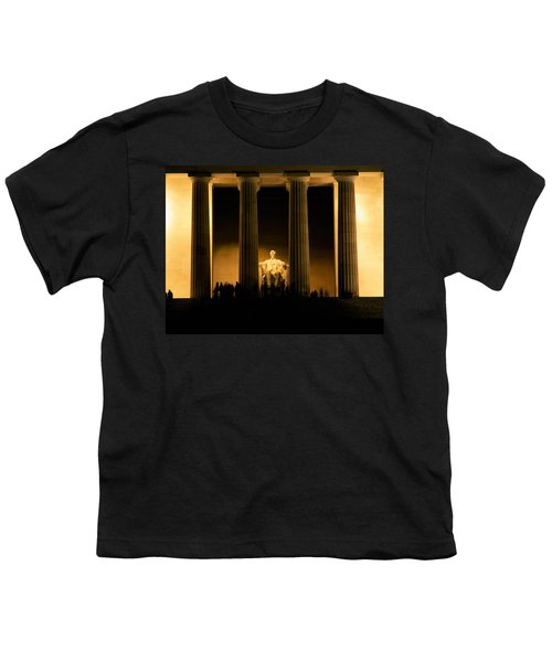 Lincoln Memorial Illuminated At Night Youth T-Shirt by Panoramic Images