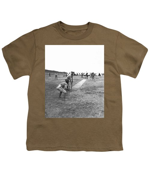 Troops Playing Cricket Youth T-Shirt by Underwood Archives