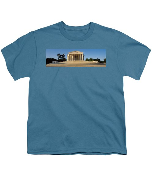 Facade Of A Memorial, Jefferson Youth T-Shirt by Panoramic Images