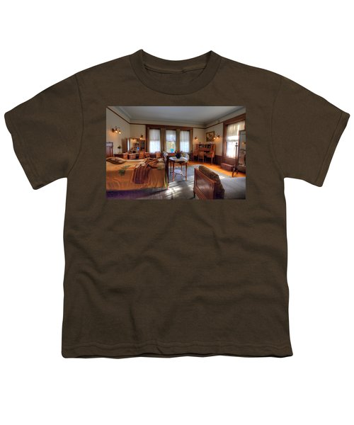 Bedroom Glensheen Mansion Duluth Youth T-Shirt by Amanda Stadther