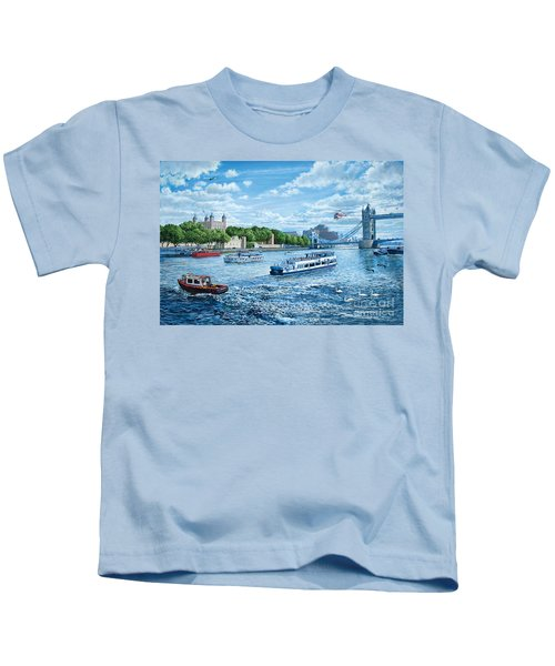 The Tower Of London Kids T-Shirt by Steve Crisp