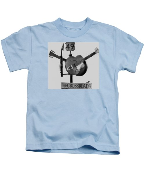 Tribute To The Blues At The Crossroads Kids T-Shirt by Dan Sproul