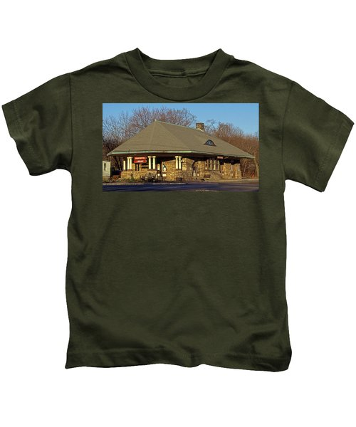 Train Stations And Libraries Kids T-Shirt by Skip Willits