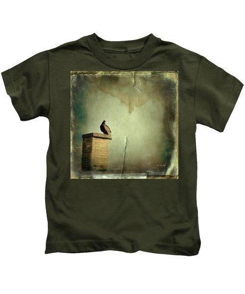 Turkey Vulture Kids T-Shirt by Gothicolors Donna