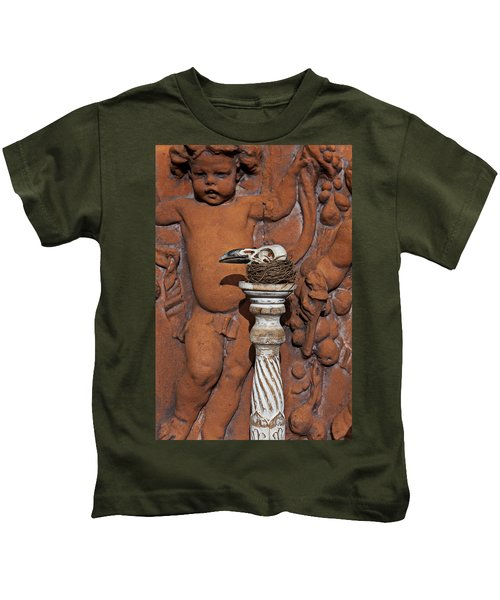 Turkey Vulture Skull Kids T-Shirt by Garry Gay