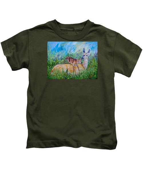 Deer Mom And Babe 24x18x1 Oil On Gallery Canvas Kids T-Shirt by Manuel Lopez