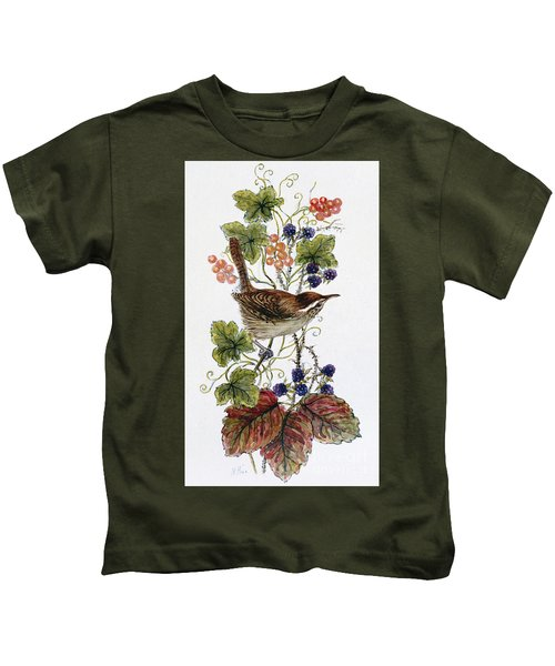 Wren On A Spray Of Berries Kids T-Shirt by Nell Hill