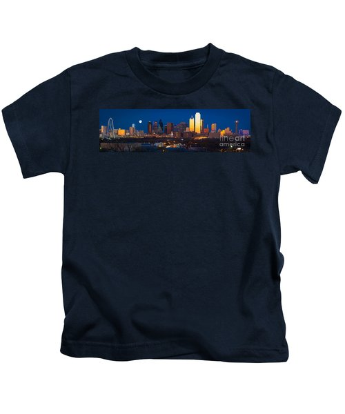 Dallas Skyline Panorama Kids T-Shirt by Inge Johnsson
