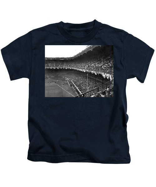 World Series In New York Kids T-Shirt by Underwood Archives