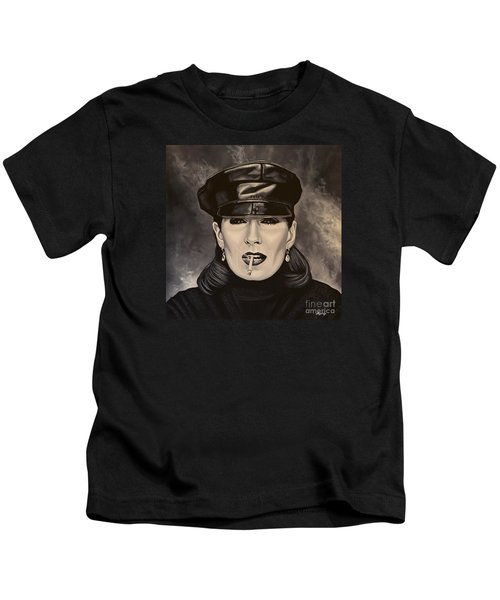 Anjelica Huston Kids T-Shirt by Paul Meijering