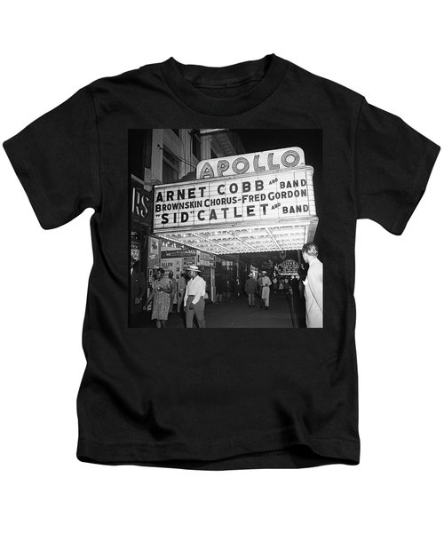Harlem's Apollo Theater Kids T-Shirt by Underwood Archives Gottlieb