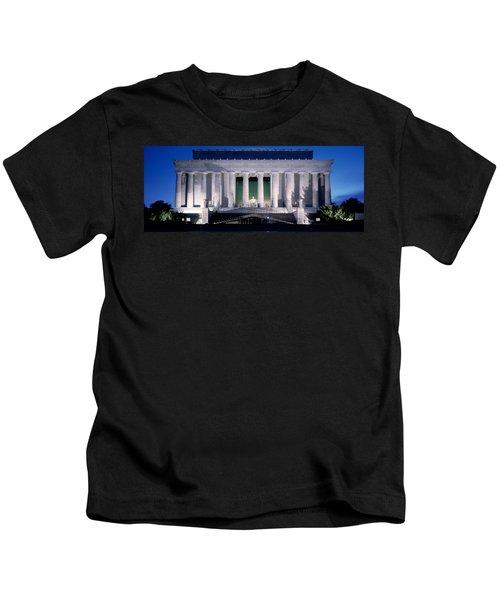 Lincoln Memorial At Dusk, Washington Kids T-Shirt by Panoramic Images