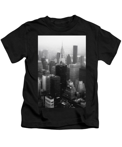 New York City - Fog And The Chrysler Building Kids T-Shirt by Vivienne Gucwa