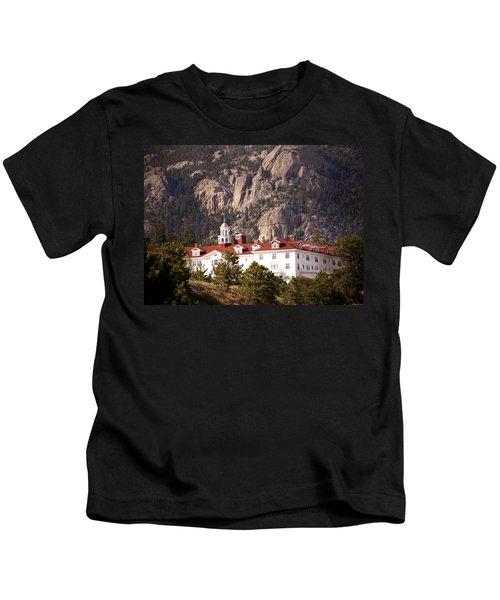 Stanley Hotel Estes Park Kids T-Shirt by Marilyn Hunt