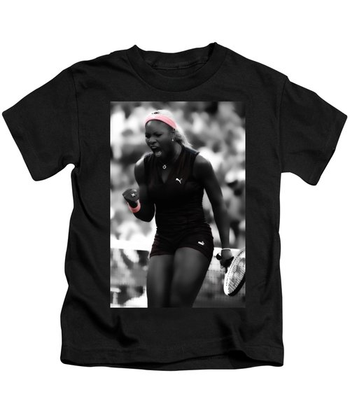 Serena Williams On Fire Kids T-Shirt by Brian Reaves