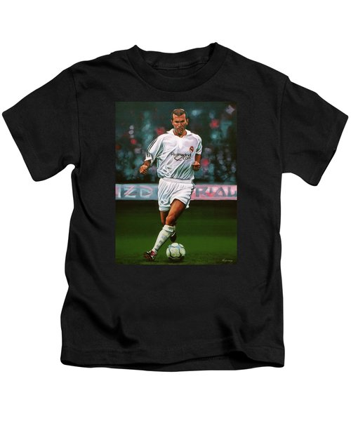 Zidane At Real Madrid Painting Kids T-Shirt by Paul Meijering