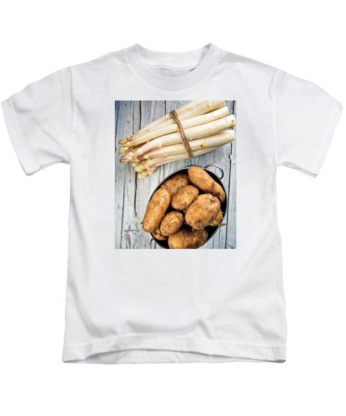 Asparagus Kids T-Shirt by Nailia Schwarz