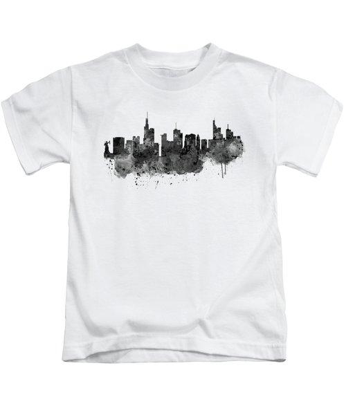 Frankfurt Black And White Skyline Kids T-Shirt by Marian Voicu