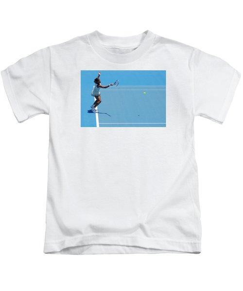 Return - Serena Williams Kids T-Shirt by Andrei SKY