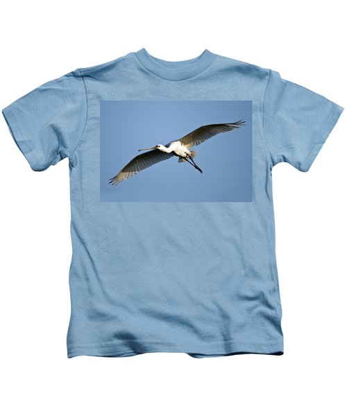Low Angle View Of A Eurasian Spoonbill Kids T-Shirt by Panoramic Images