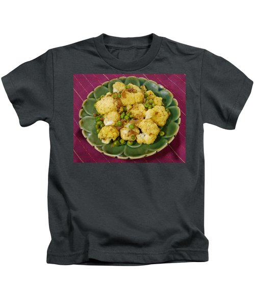 Curried Cauliflower Kids T-Shirt by Science Source