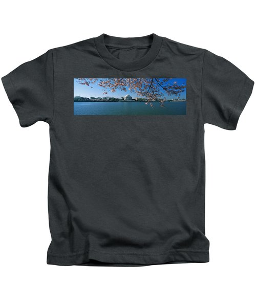 Monument At The Waterfront, Jefferson Kids T-Shirt by Panoramic Images